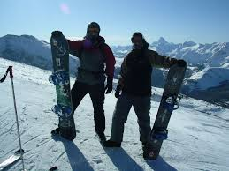 http://extremepedia.com/complete-guide-on-how-to-snowboard-for-beginners/