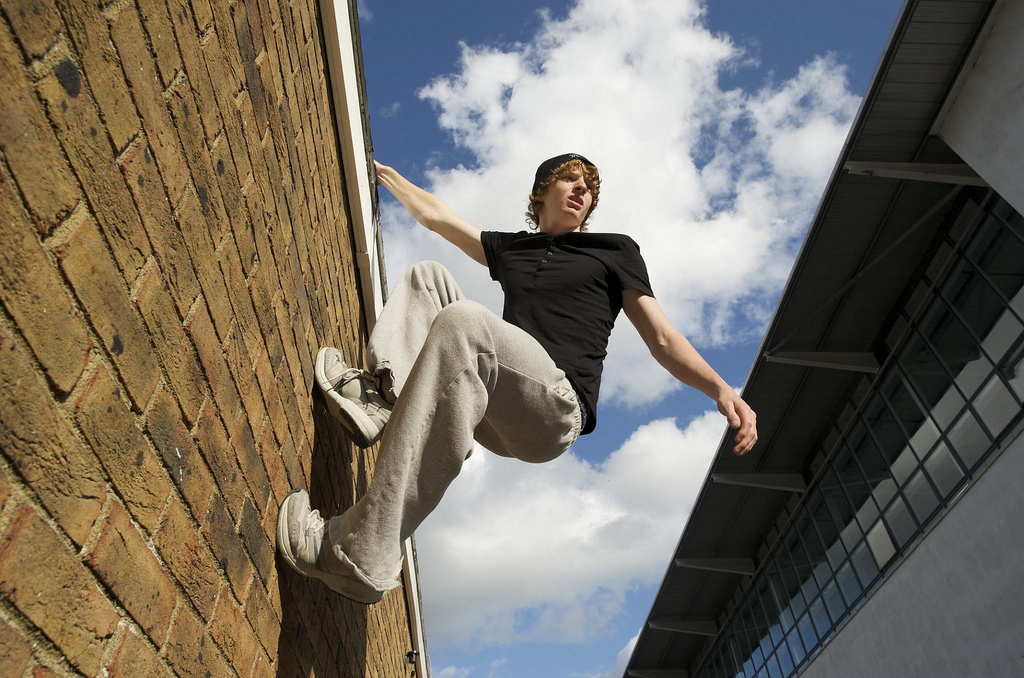 3 Ways to Improve your Parkour Skills