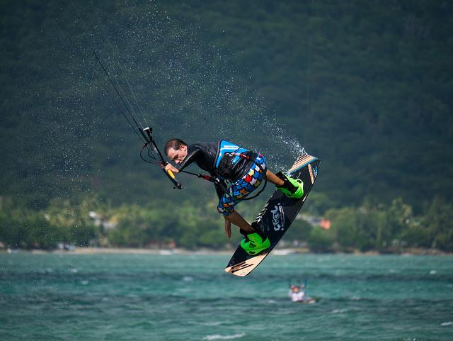 how to kite surf