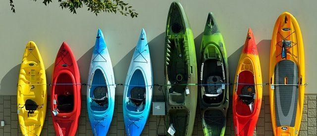 Different shapes, sizes, colours of beginer kayaks