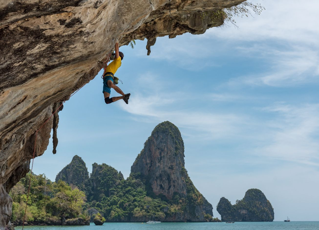 How to Start Rock Climbing – Beginners Guide to The Basics