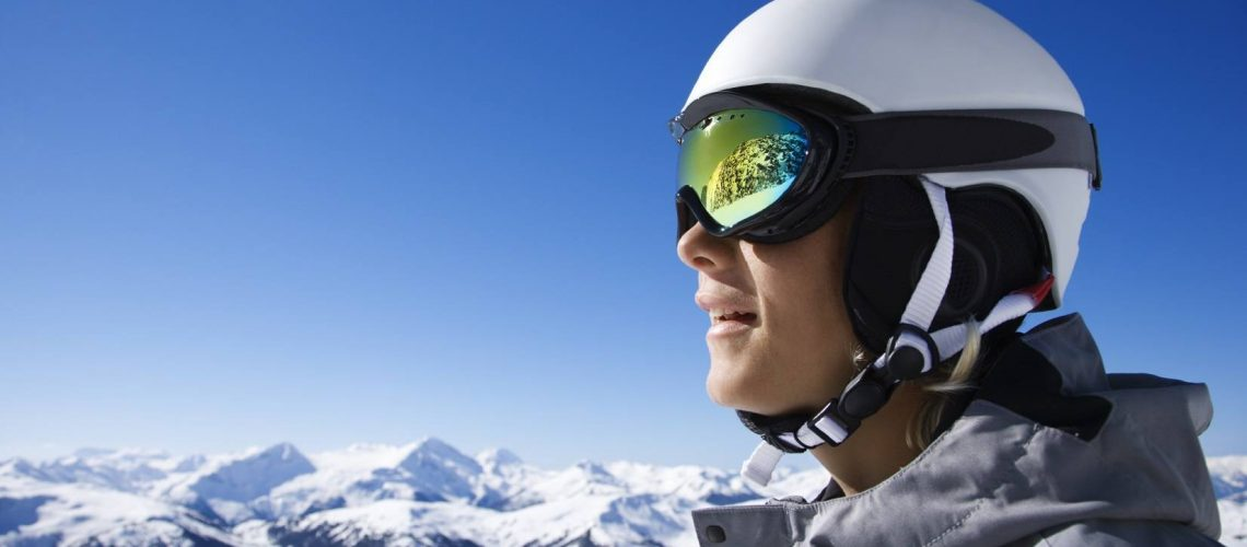 Best-Snowboarding-Goggles-and-Best-Ski-Goggles