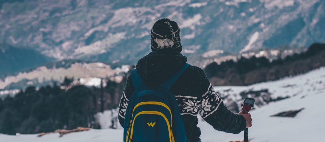 what-to-wear-skiing-backpack